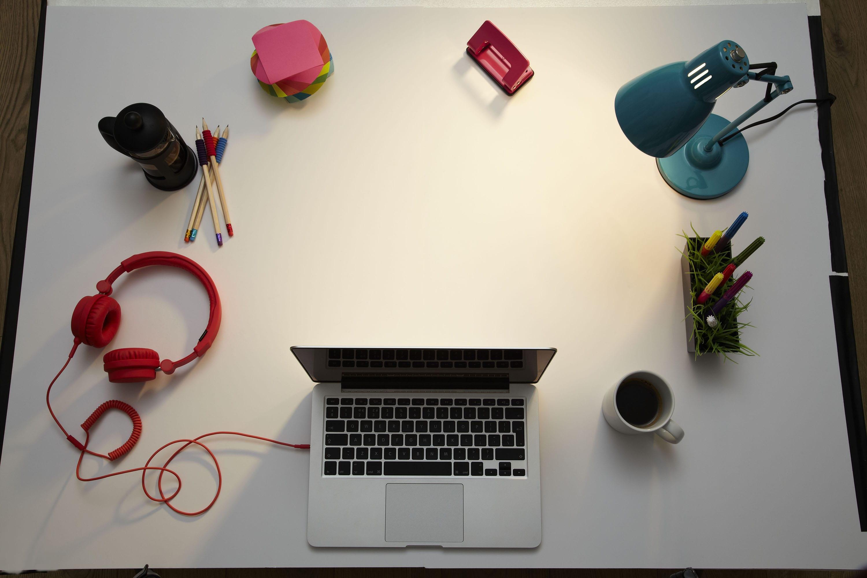-Living desk concept