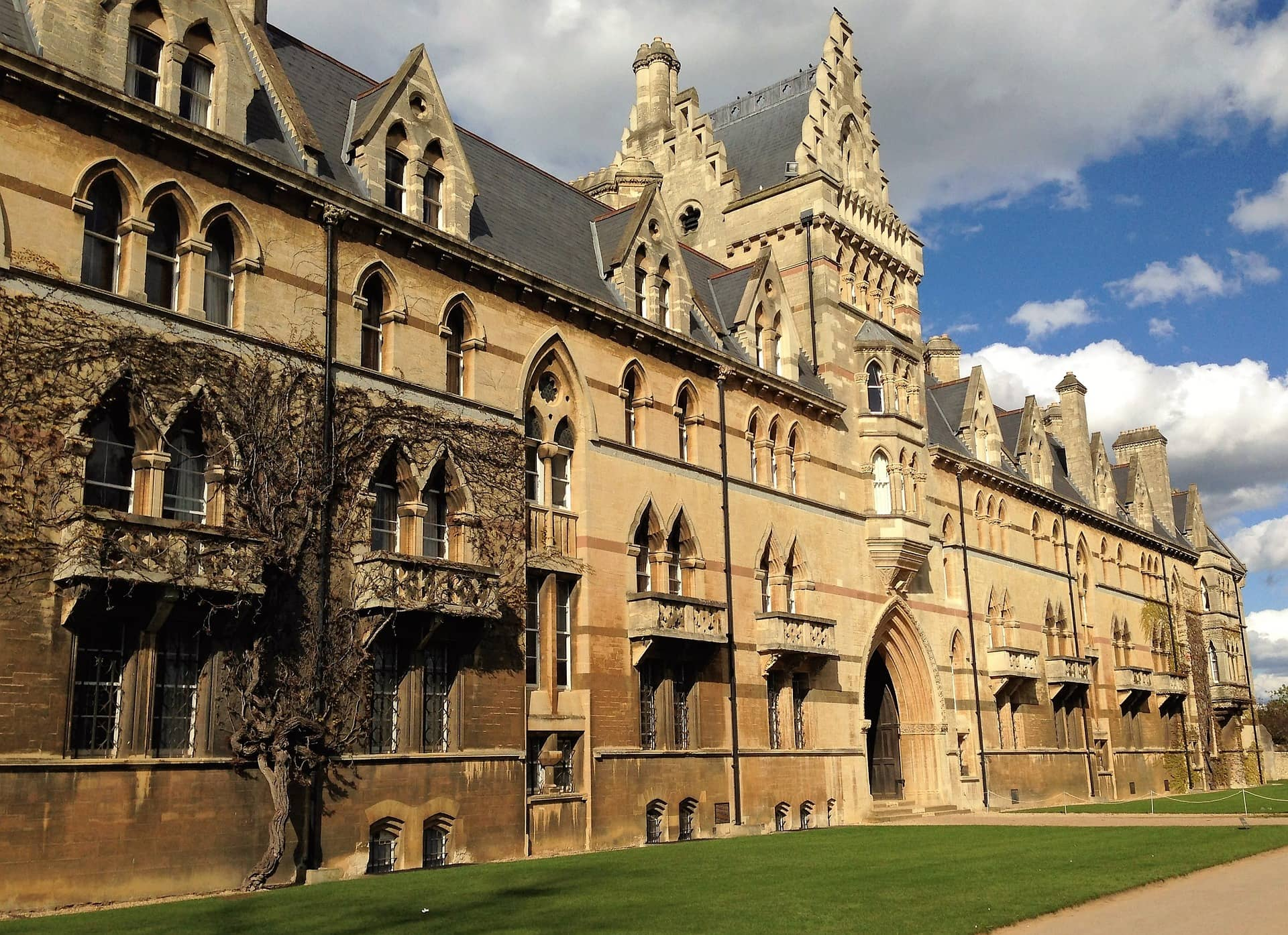 Oxford University - Oxbridge Essays Word Reputation University Rankings